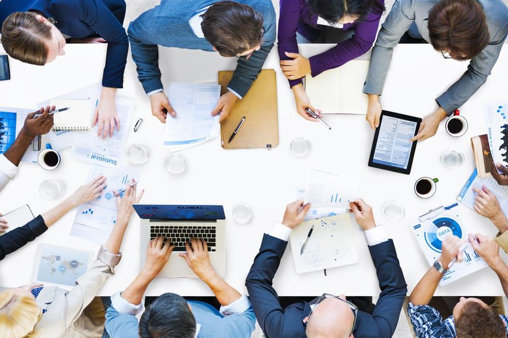 Postura em reunião